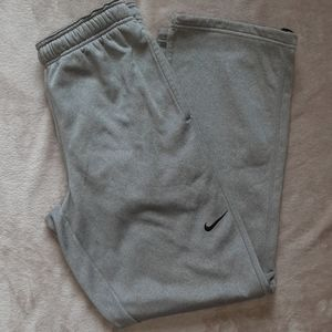 Nike Thermo-Fit sweatpants M